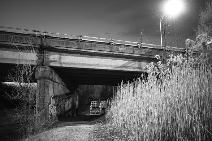Sous le viaduc